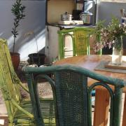 Peace Valley kitchen and dining area